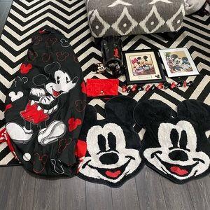 Mickey Mouse Bathroom Set